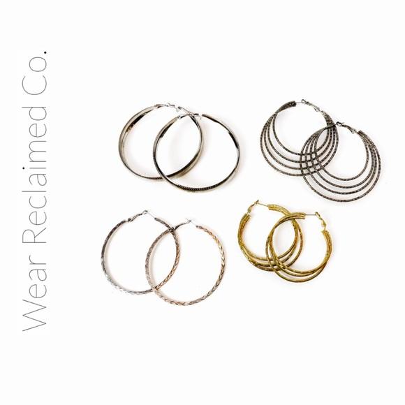 🛍3/$30 - 4 Sets of Gold & Silver Hoop Earrings